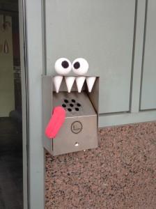 sigara kutusu canavarı